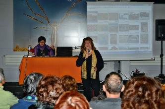 Ceci est une photo de Béatrice Pradillon-Marques & Bernadette De Pascale-Dalmas lors de la conférence à la médiathéque de Tournefeuille (31) le 11 janvier 2013.