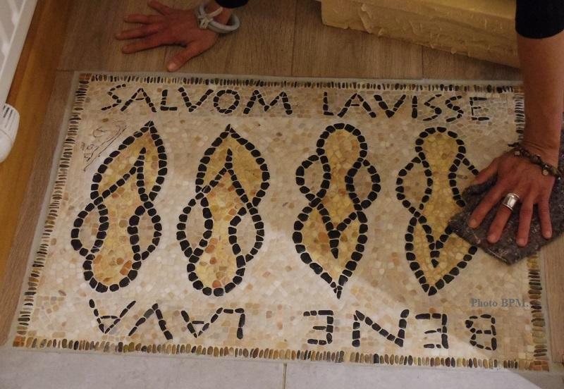 Salvom Lavisse (Tu es sorti sain, tu es propre)