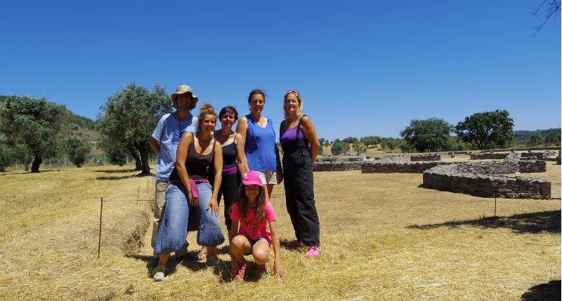 Ceci est une photo de groupe à la villa romaine de Rabaçal (Portugal) en juillet 2016.