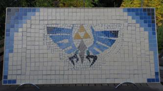 Ceci est une photo de la mosaïque jointée & patinée, réalisée par les adolescents du CAJ de Lapeyrouse Fossat.