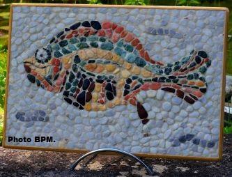 Mosaique de MPascale tout en galets, inspirée d