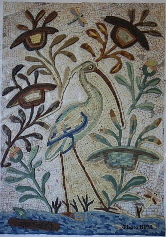 Mosaique de Jean tout en grès cérame, représentant un héron.